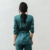 chaqueta Greta Verde con conjunto por detras